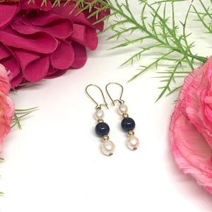 ⚜️VINTAGE 14K GP -Onyx & Freshwater Pearl Earrings